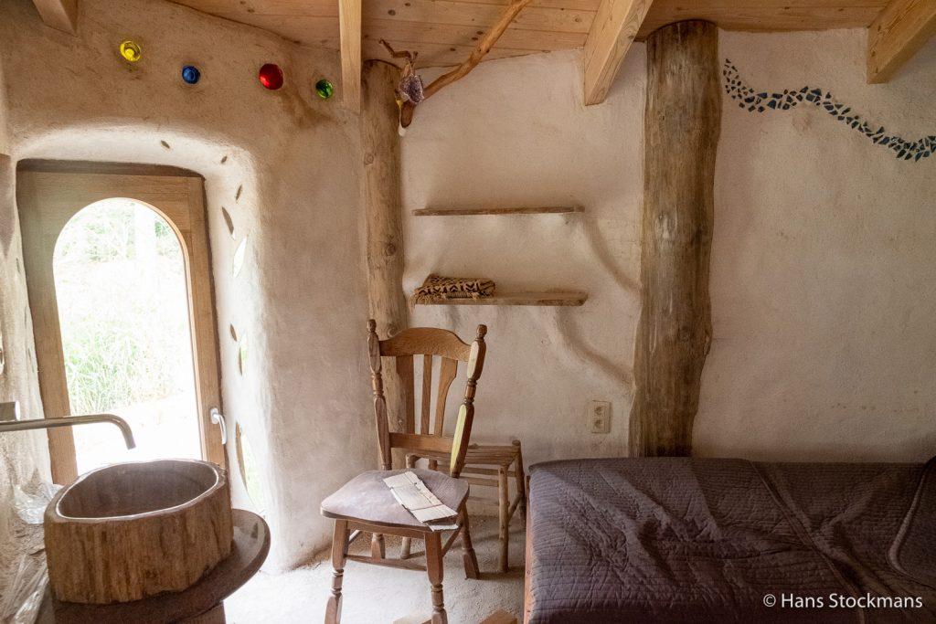 Dit wordt de groene kamer, een plek van rust voor al wie er mag verblijven.